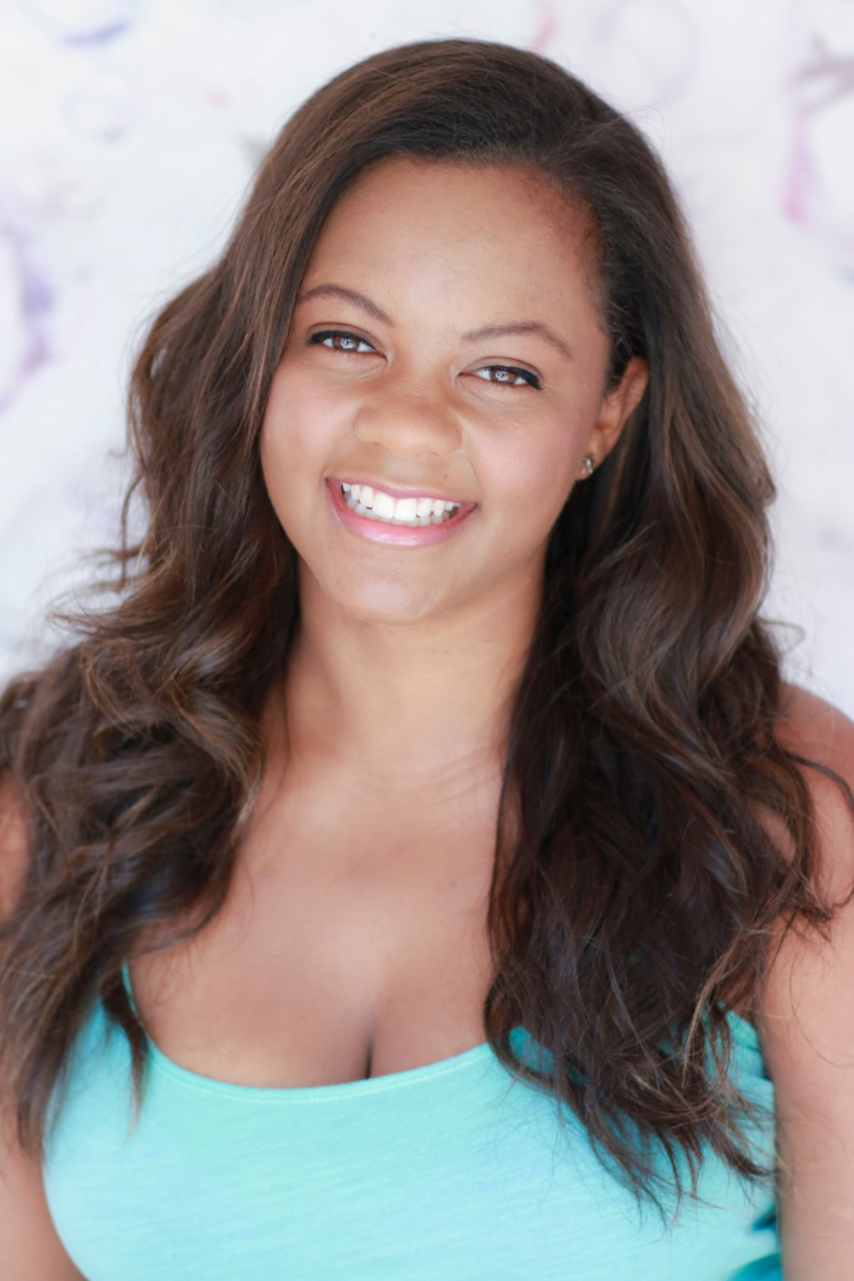Keri Bruner beautiful teeth commercial headshot